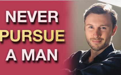 should women pursue men